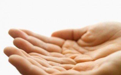 شخصية الانسان من خلال حجم اليد و مرونته